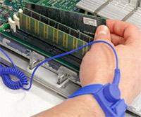 Arbeitsspeicher Einbau, Vermeidung von elektrostatische Entladung